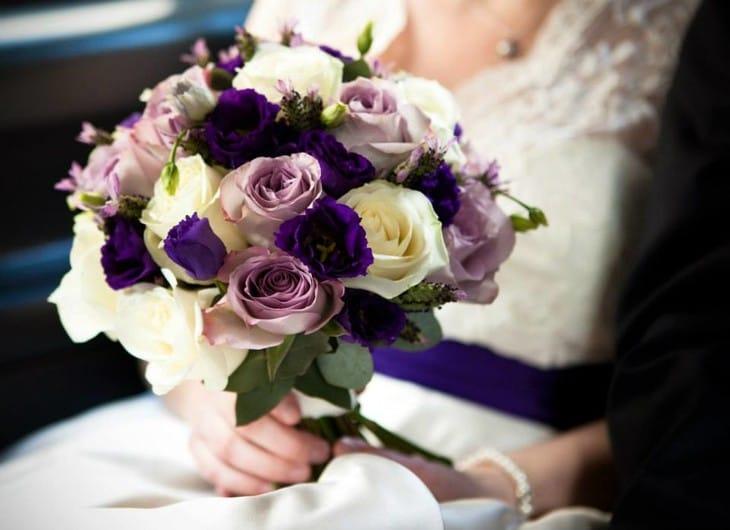Эустома свадебный букет