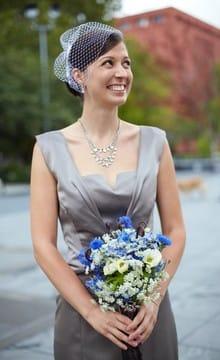 Свадебный букет из васильков: фото и идеи оформления