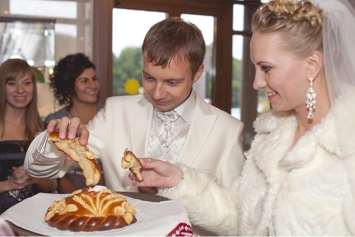как знакомить родителей мужа с родителями невесты