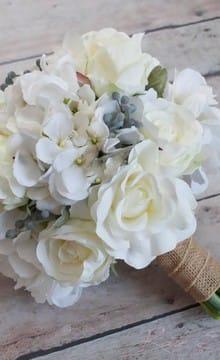 Свадебный букет из гортензии: фото и варианты оформления