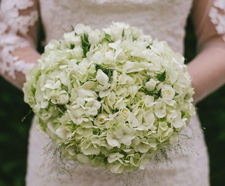 свадебный букет с гортензией фото