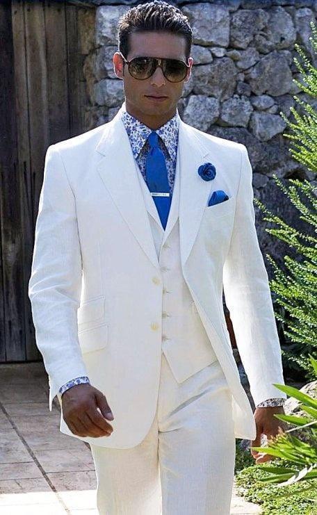 Белый свадебный костюм для жениха фото
