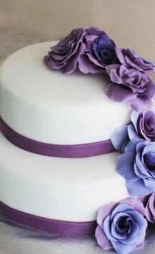 Свадебный торт фиолетовый: фото и идеи