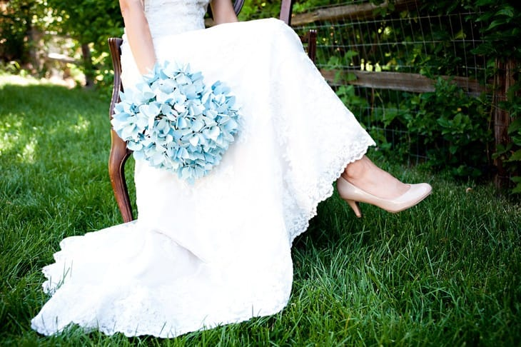 Голубой букет невесты: советы по оформлению
