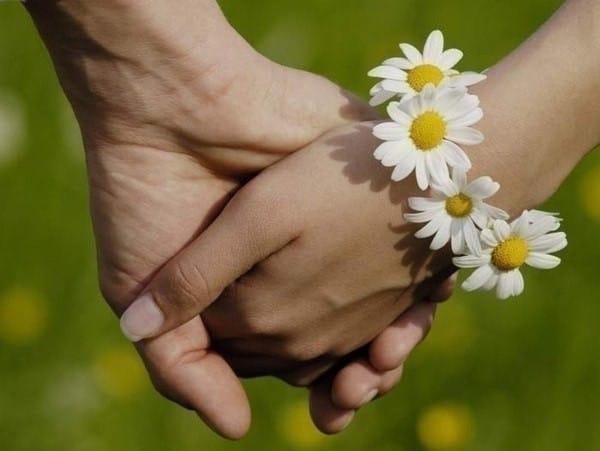 9 лет свадьбы: какая свадьба, что подарить мужу