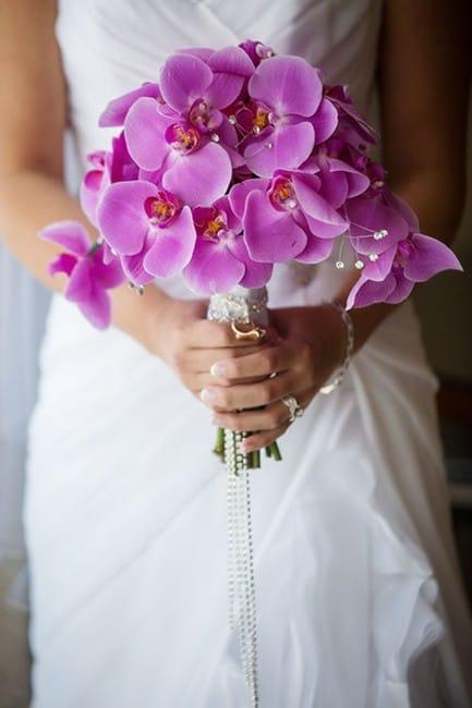 Нестандартные букет невесты из орхидеями фото, японских цветов
