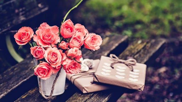 Оловянная свадьба что дарить мужу
